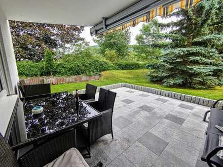 Hochwertige 4 Zimmer Wohnung mit 2x Terrassen und herrlichem Gartenanteil!