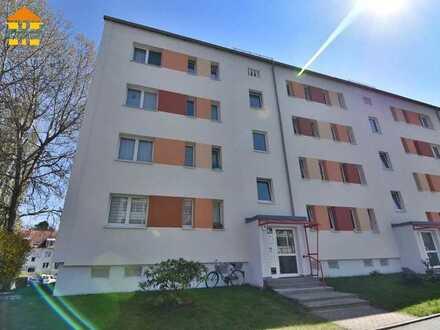 Gut geschnittene 3-Raum-Wohnung mit Balkon in beliebter Wohnlage!