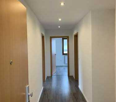 Exklusive, vollständig renovierte 5-Zimmer-Wohnung mit Balkon in Leinfelden-Echterdingen