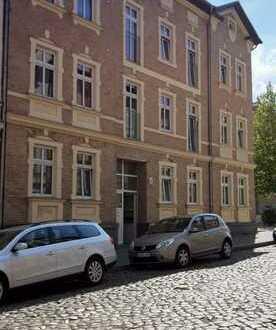 Bild_Helle 2-Zimmerwohnung mit Balkon - komplett neu saniert
