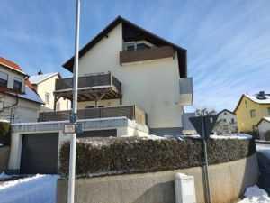 Schicke 4-Zimmer-Obergeschoss-Wohnung mit 2 Balkonen, in 97616 Bad Neustadt/Saale, Stadtteil H