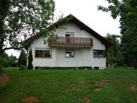 Schöne vier Zimmer Wohnung in Dillingen an der Donau (Kreis), Holzheim
