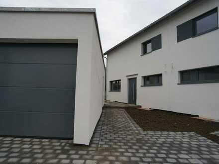 *ERSTBEZUG* moderne Doppelhaushälfte in Weissenhorn