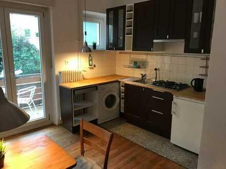 Modernisierte 2-Zimmer-Wohnung mit Einbauküche in Freiburg im Breisgau