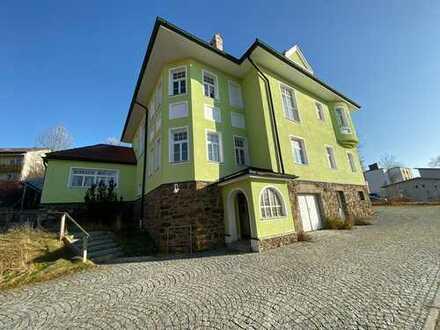 Zentral gelegenes wohnwirtschaftliches Objekt mit historischen Charakter im Herzen von Zwiesel
