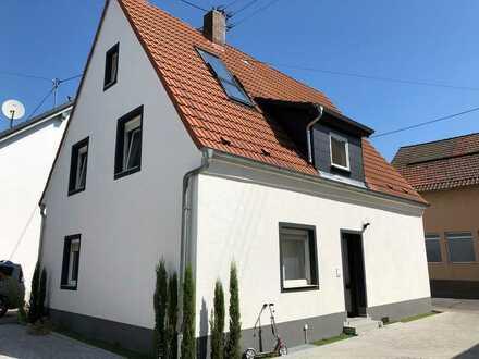 Erstbezug nach Sanierung: stilvolle 2-Zimmer-Wohnung mit Balkon in Heidelberg