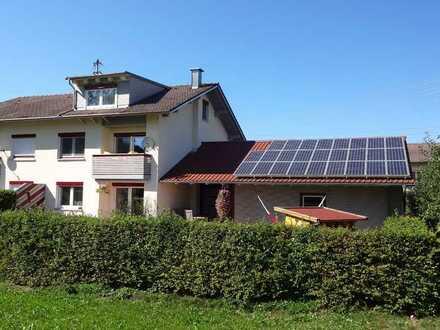 Schöne DHH mit Garten und Doppelgarage in Eggenthal