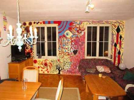 Knorkes WG-Zimmer im herrlich historischen Meersburg mit Picassos Werken