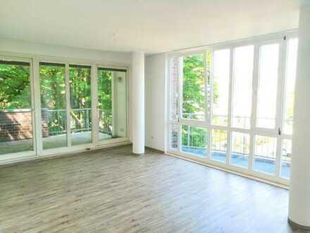 Renovierte 3,5-Zimmer Maisonette-Wohnung mit zwei Balkonen in Schwachhausen