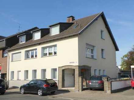 Modernisierete 2-Zimmer Dachgeschosswohnung in Niederkassel-Mondorf