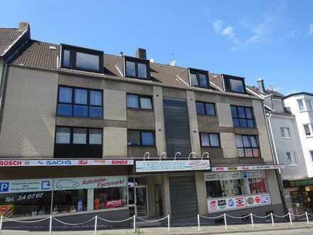 Remscheid // Schöne renovierte 3-ZKB-Wohnung mit Balkon