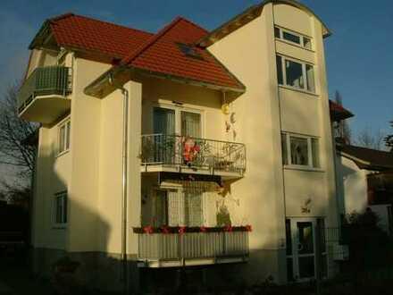 Schöne 3,5 Zimmer DG Wohnung in Barnim (Kreis), Bernau bei Berlin