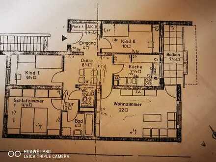 Stilvolle 4-Zimmer-Wohnung mit Balkon und Einbauküche in Obergiesing
