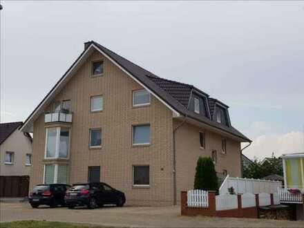 Moderne 3- Zi. DG-Wohnung mit Studio im 6-Fam.-Haus mit Balkon, komplett saniert, von Privat!