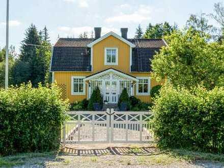 Schöner Hof mit Nähe zum Åsnen