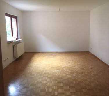 120 qm Wohnung im Hinterhaus max. 3 Personen