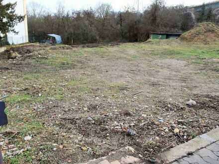 Baugrundstück mit Baugenehmigung für Mehrfamilienhaus in Gonsenheim