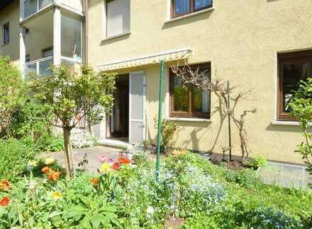 IM HERZEN VON FELLBACH - Gepflegte 3 Zimmer im Grünen - Balkon und Terrasse