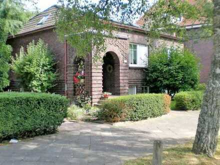 Modernes Einfamilienhaus, Energie-Eff. 85 , geringe Energiekosten