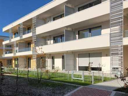 * Erstbezug: Wunderschöne, sonnige 3 Zimmer Wohnung in Vaterstetten *