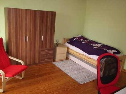 möbliertes Zimmer in Elmshorn, Bahnhofsnähe Das Semester für 840€