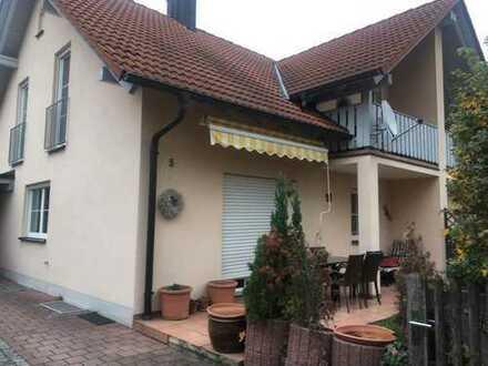 Schöne DHH mit vier Zimmern in Ingolstadt, Friedrichshofen