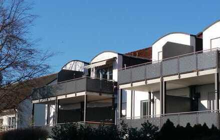 Gersthofen-Mitte: Gemütliche 2-Zimmer-Whg., ca. 61 m², 1.OG, Südbalkon, TG, EBK (Abl.), zum 1.05.20