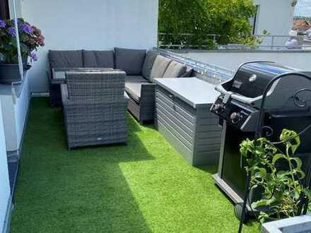 Exklusive, neuwertige Penthouse-Wohnung mit Terrassen und Designerküche in Brühl-Rohrhof