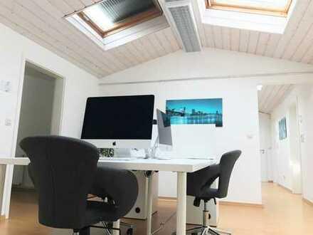 Modern ausgestattete Büroräume in einer Gewerbegemeinschaft mit Allround-Paket