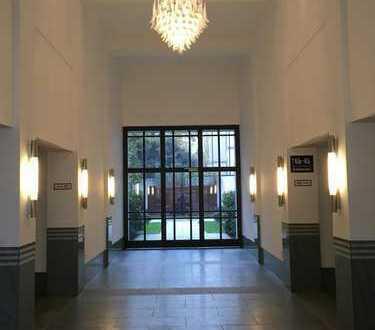Neuwertige 1-Zimmer-Erdgeschosswohnung mit Einbauküche in München Schwabing, inkl. Tiefgarage