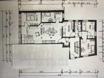 Attraktive, gepflegte 4-Zimmer-Erdgeschosswohnung zur Miete in Weiden