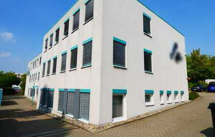Vermietete Büroimmobilie mit Eigennutzungspotenzial