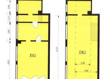 Bauhandwerker: kleines Lagergebäude + Freifläche für Baumaterialien etc.