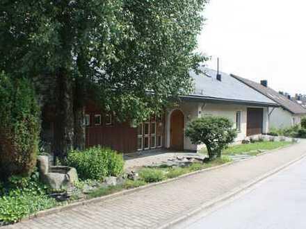 PROVISIONSFREI: Großzügiges Wohnen, Gewerbe, Mehrgenerationenhaus in exponierter Wohnlage