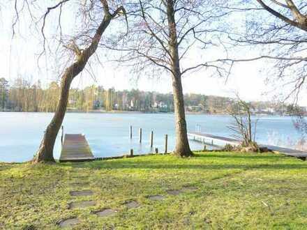 Direkter Seezugang! Exklusive Wohnung mit Terrasse, Tiefgaragenplatz und Bootsliegeplatz