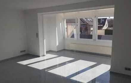 Schöne vier Zimmer Wohnung in Ludwigsburg (Kreis), Bietigheim-Bissingen