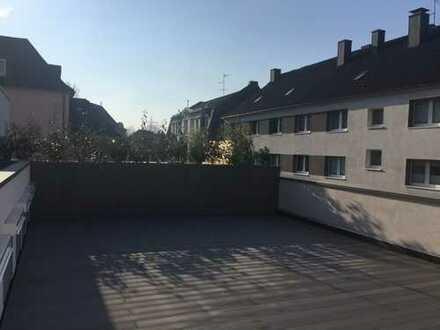 Erstbezug nach Sanierung: moderne 3-Zimmer-Wohnung mit Dachterrasse in Essen-Borbeck