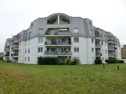 Exklusive, gepflegte 4,5-Zimmer-Wohnung mit Balkon und Tiefgarage in Wörth am Rhein