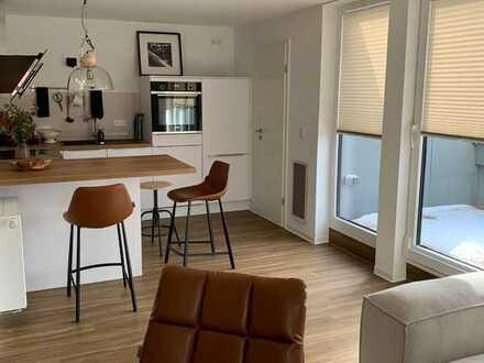 Liebevoll renovierte Wohnung mit vier Zimmern und Balkon in Sonneberg