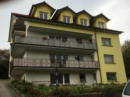 Helle, moderne 5-Zi-Whg. mit großem L-Balkon in Bischberg, unmittbar ans Grüne angrenzend