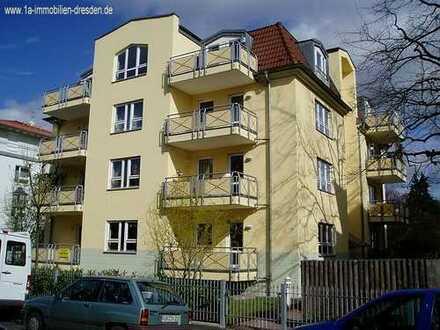 4 - Raumwohnung mit Balkon in Striesen