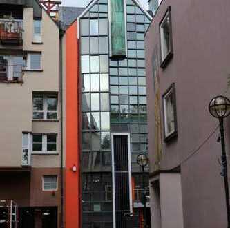 großzügiges City-Appartement am Römer