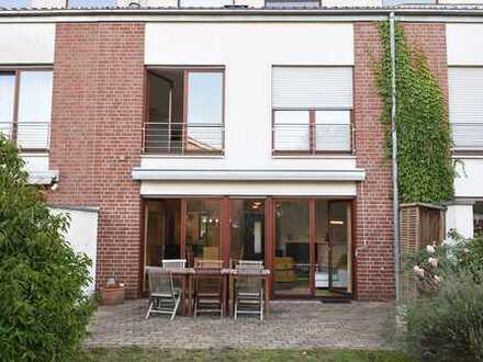 Schönes modernes Reihenmittlhaus mit sechs Zimmern in Münster, Gievenbeck