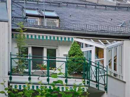 E & Co. - Hochwertige, helle und gut geschnittene 4-Zimmerwohnung nahe Forstenrieder Park.