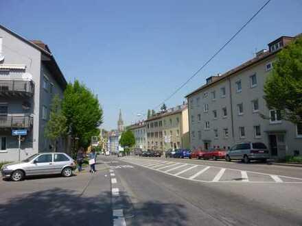 Erstbezug nach Grundsanierung. 2-ZW, zentral in S-Heslach
