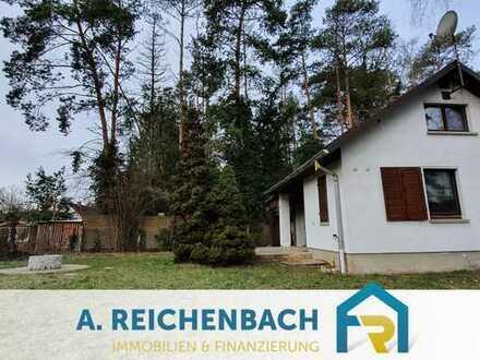 Voll erschlossenes Baugrundstück mit Wohnbungalow zu verkaufen! Ab mtl. 375,00 EUR!