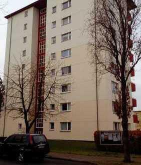 Frisch sanierte 3-Zimmer-Etagenwohnung in verkehrsgünstiger Lage