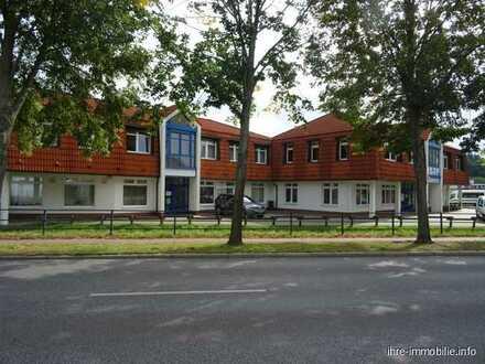 Wandlitz/Berlin: BARRIEREFREI! Gr. Büro mit Küche ,WC im EG, in Bestlage, ca 20 km nach Berlin-Mitte