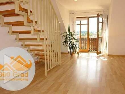 WOHNWELT IMMOBILIEN: Traumhafte 2,5-Zimmer-Galerie-Wohnung mit Süd-Balkon