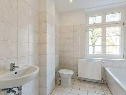 Bild_*komplett renovierte 2,5 Zimmerwohnung mit Balkon*